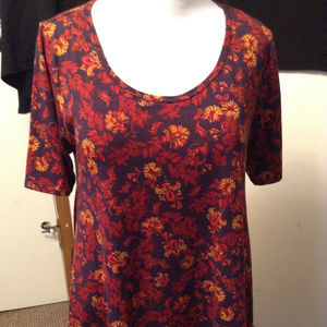 Flower Tunic Top size L